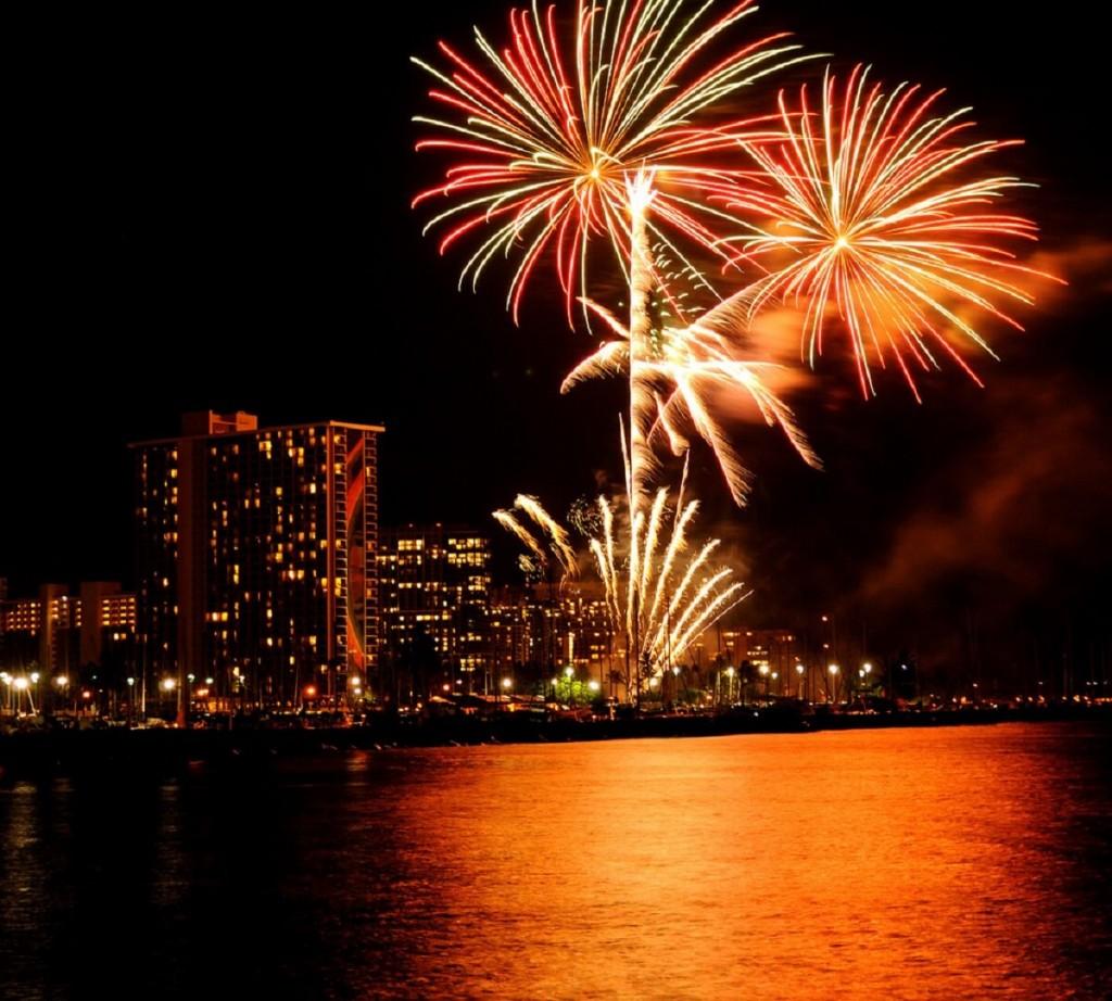 Fireworks Waikiki Hilton